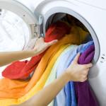 Il bucato in lavatrice