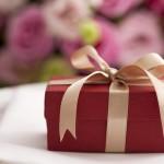 Regali romantici per il fidanzatino di tua figlia