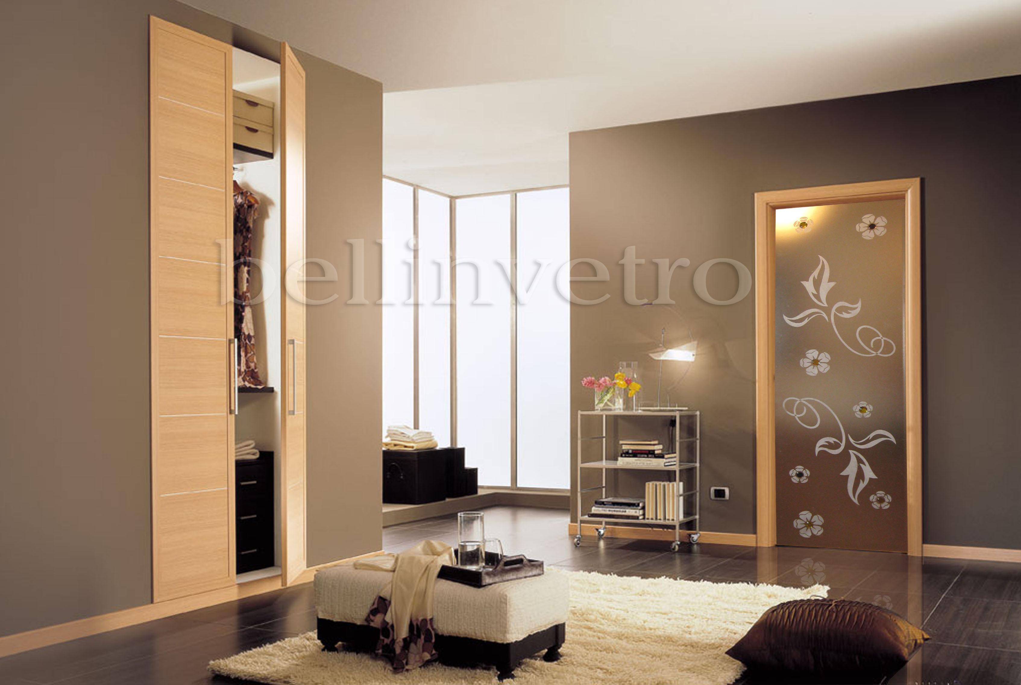 porte in vetro decorate per interni scorrevoli a. Black Bedroom Furniture Sets. Home Design Ideas