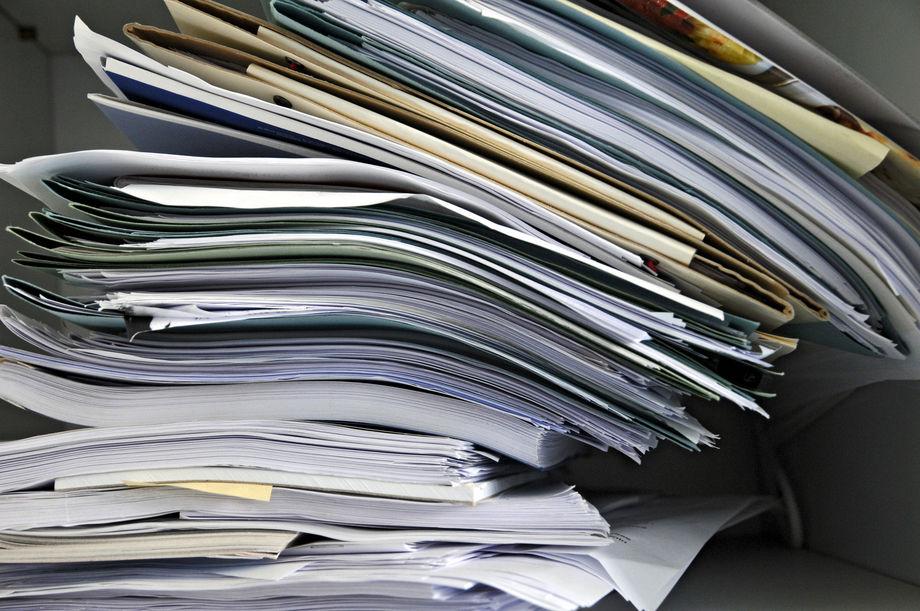 Come archiviare i documenti cartacei in ufficio in modo ...