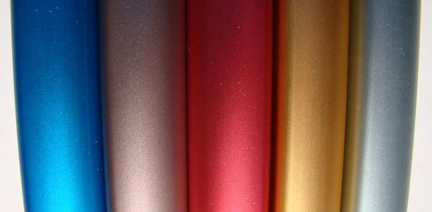 Oggetti in alluminio anodizzato