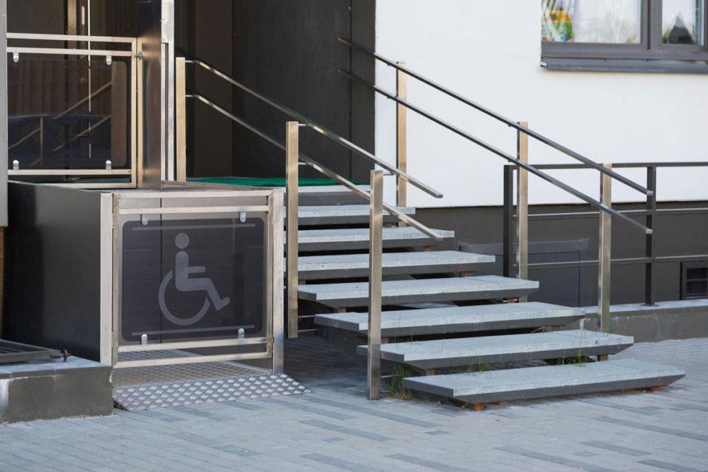 piattaforme elevatrici disabili