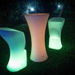 Sedute luminose al LED: come arredare la tua attività